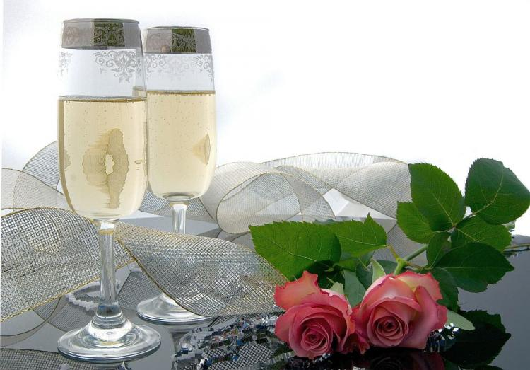 RING IN THE NEW YEAR WITH A CELEBRATION TOAST: Most of the establishments listed here not only include a wonderful dining experience on New Year's Eve, but also include a wide range of cocktails and refreshments all night long! (Bigstockphotos.com)