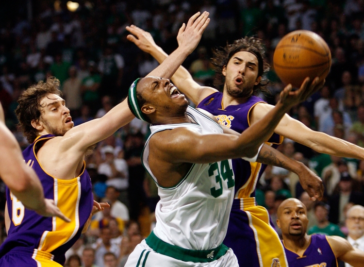 Paul Pierce #34 of the Boston Celtics goes up for a shot between Pau Gasol #16 and Sasha Vujacic #18 of the Los Angeles Lakers.  (Kevin C. Cox/Getty Images)