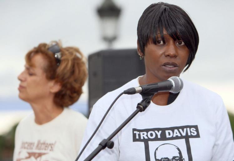 Martina Correia, Troy Davis' sister, speaks next to Genevieve Garrigos, (L), president of Amnesty International France, during a protest to denounce the death penalty in the United States, on July 2, 2008, Place de la Concorde, in Paris. (Mehdi Fedouach/AFP/Getty Images)