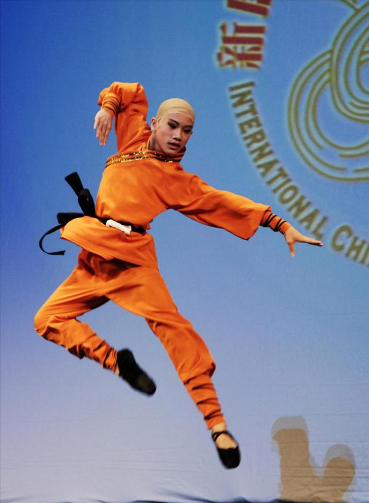 One of the contestants in NTDTV's International Classical Chinese Dance Competition (Dai Bing/Epoch Times)