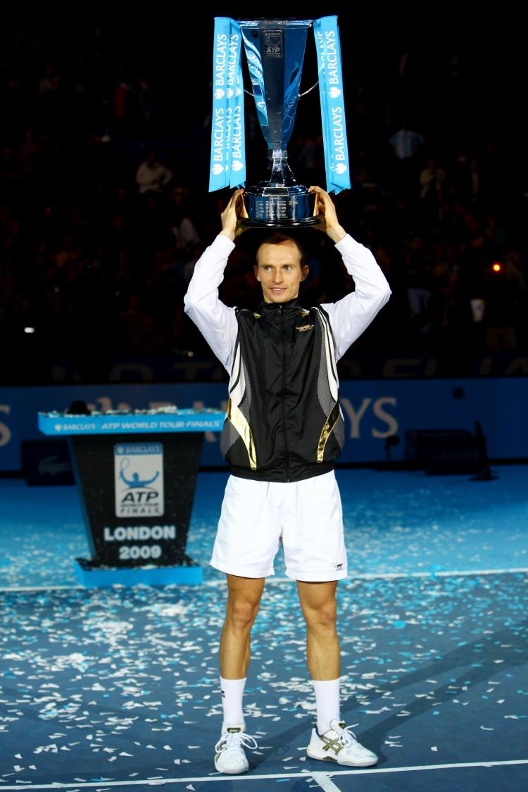 Nikolay Davydenko can say he beat all 2009 grand slam winners after crushing Juan Martin del Potro on Sunday in the ATP World Tour Finals.  (Julian Finney/Getty Images)