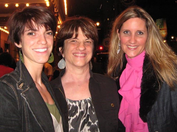 Sonja Bates (R) with friends at Shen Yun