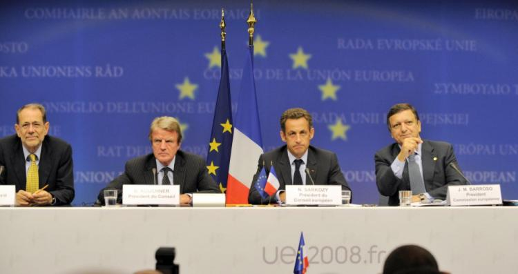 (L-R) European Union Foreign Policy Chief Javier Solana, France's Foreign Minister Bernard Kouchner, France's President Nicolas Sarkozy and European Commission President Jose Manuel Barroso at a press conference after an emergency summit of European Union (Gerard Cerles/AFP/Getty Images)