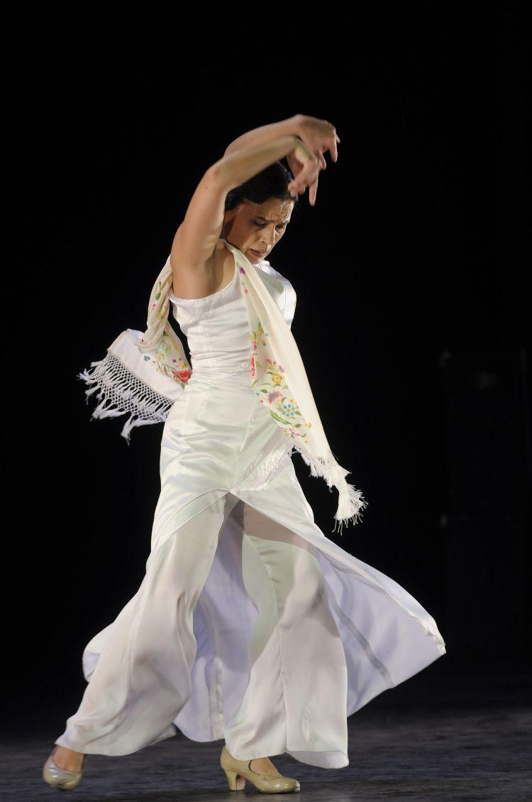 PURE ART: Soledad Barrio's Noche Flamenca will perform at the Kingsborough Performing Arts Center on Friday, April 29. (Courtesy of Noche Flamenca)