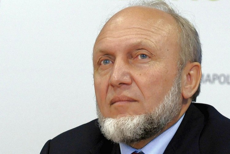 HANS-WERNER SINN: This 2008 file photo shows renowned German economist Hans-Werner Sinn, who says that Greek goods and services should be revised 20 to 30 percent cheaper in international markets in order for Greece regain economic stability.