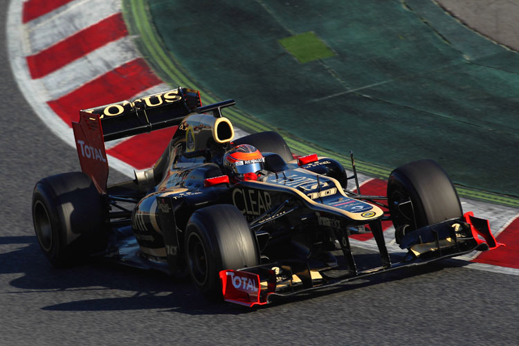 Romain Grosjean of Lotus drives during day two of Formula One winter testing at the Circuit de Catalunya in Barcelona, Spain. (Mark Thompson/Getty Images)
