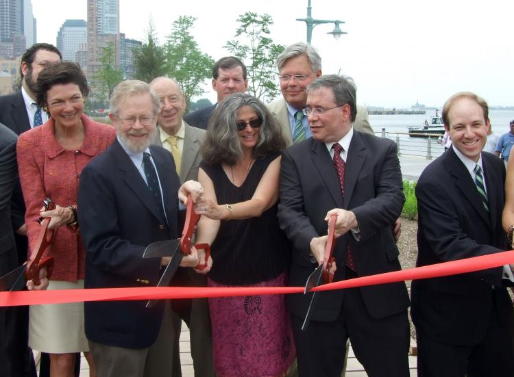 DOWNTOWN PARK: Members of the board of the Hudson River Park Trust at a ribbon cutting ceremony at the new section of Hudson River. (Danielle Wang/The Epoch Times)