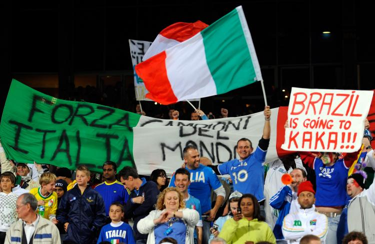 Italy supporters await the start of the FIFA Confederations Cup match between Italy and Brazil played at the Loftus Versfeld stadium on June 21, 2009 in Pretoria, South Africa. (Claudio Villa/Getty Images)