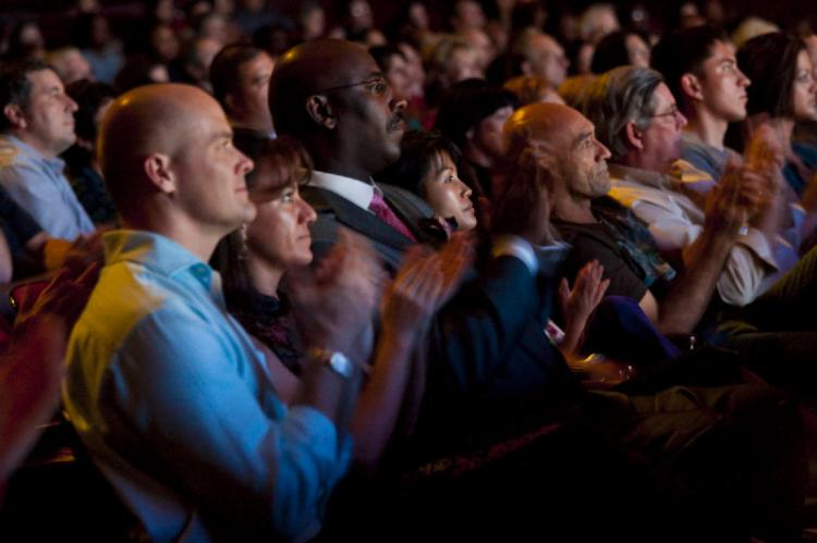 Audience members are fascinated by the DPA show in Jacksonville.  (The Epoch Times)