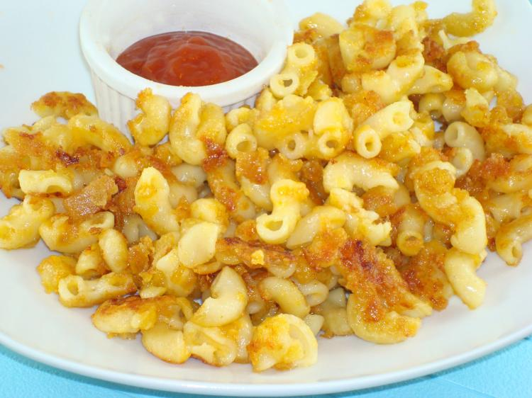 Fried macaroni and cheese, the king of leftovers, serve with salsa, chili sauce, or ketchup. (Sandra Shields/The Epoch Times)