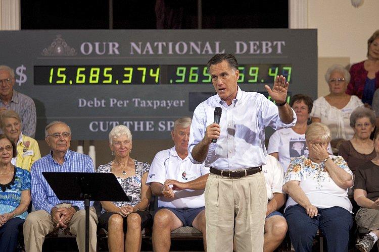 Mitt Romney Campaigns In St. Petersburg, Florida