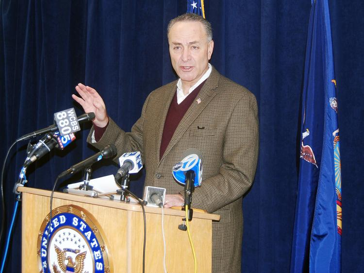 BODY SCANNERS: Sen. Charles Schumer emphasizes the need to balance security and privacy within the new airport security procedures.  (Catherine Yang/The Epoch Times)