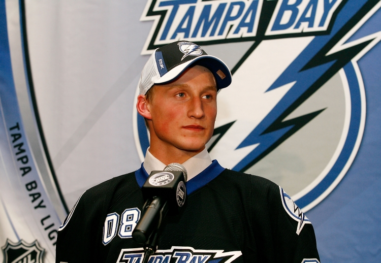 Steve Stamkos was chosen by the Tampa Bay Lightning in the NHL entry draft in Ottawa, Canada, last Friday. (Richard Wolowicz/Getty Images)