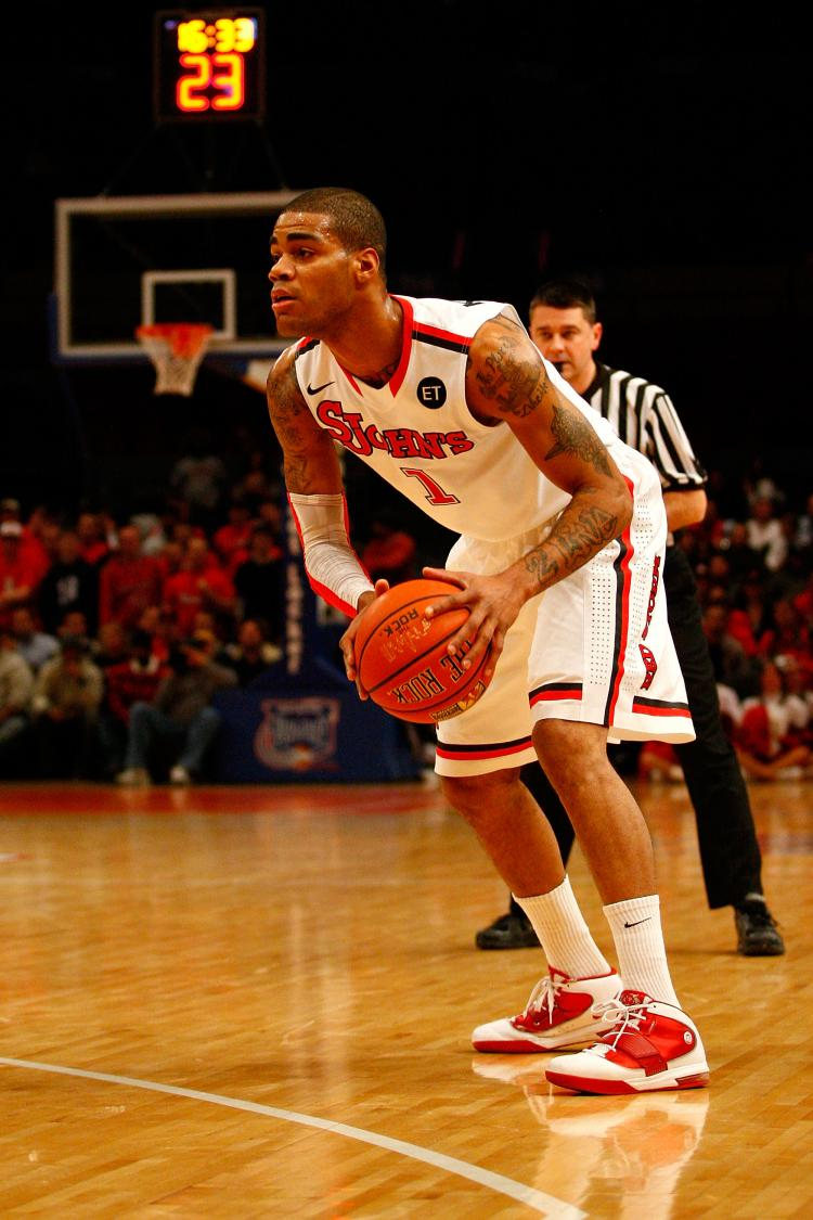 D.J. Kennedy of the St. John's Red Storm ran into Syracuse's 2-3 zone on Wednesday at Madison Square Garden. (Chris Chambers/Getty Images)