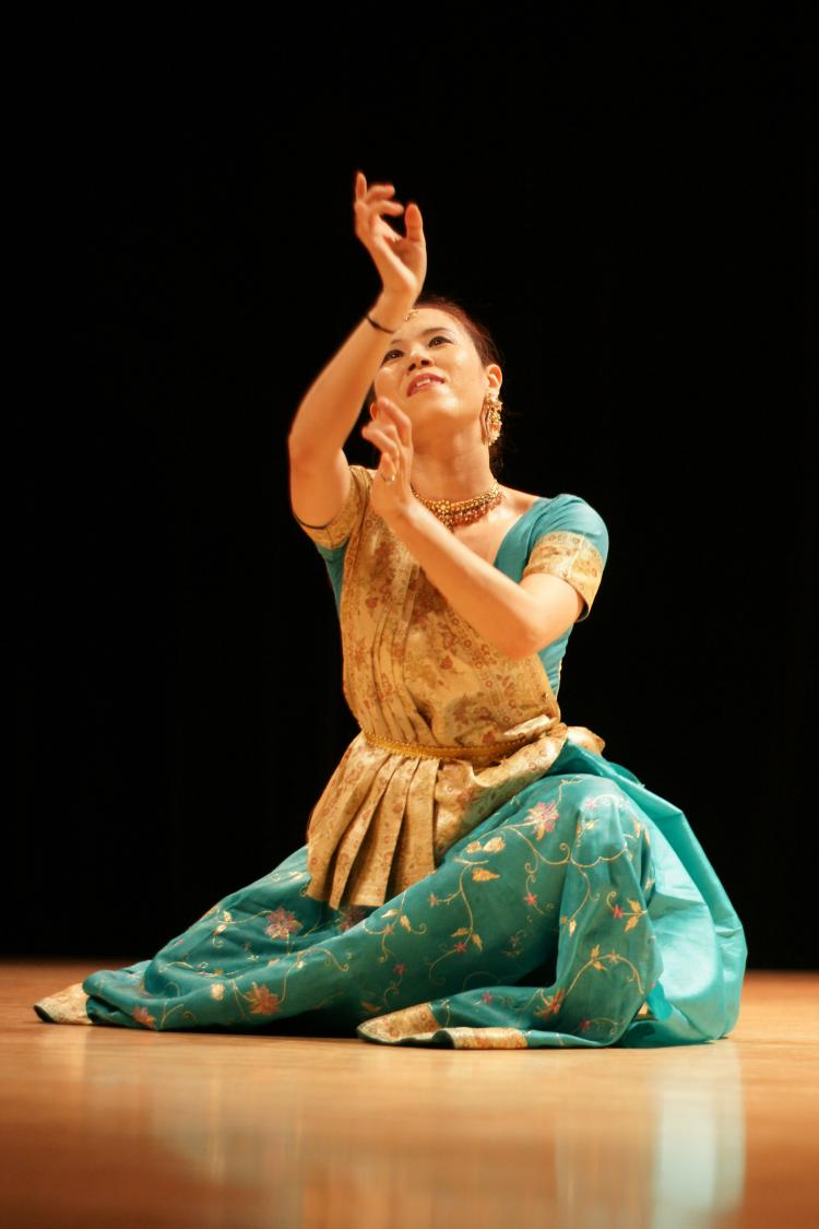 INDIAN DANCE: Talavya and Jin Won will bring Drums and Dance of India to Leonard Nimoy Thalia Theater on Friday, April 29.  (Courtesy of Heena Patel )