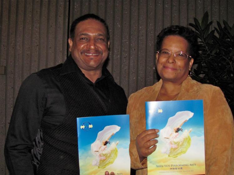 Ken Allen and Yvonne Allen, a martial arts instructor, at Shen Yun Performing Arts in Sacramento. (Courtesy of SOH Radio Network)