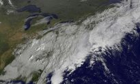 New York, New Jersey Prepare for Sandy, Hope for Irene