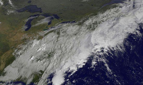 New York, New Jersey Prepare for Sandy, Hope for Irene
