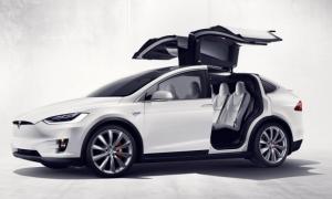 Tesla's Model X Falcon Wing Door Design Is an Engineering Marvel