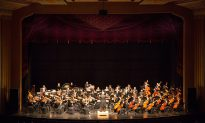 Shen Yun Symphony Orchestra Gives 'Love From the Heart,' Says Publisher