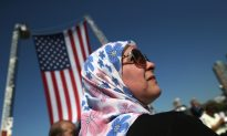 US Government Deports Fewest Immigrants in Nearly a Decade