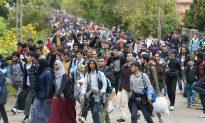 Britain Urges EU to Speed Migrant Deportation