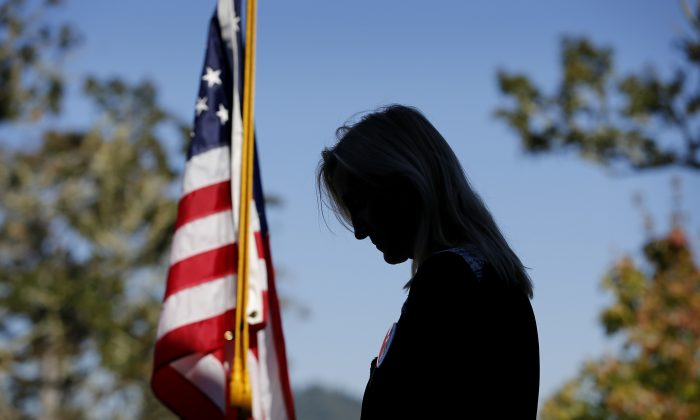 Dr. Christine Seals speaks during a news conference at Umpqua Community College Monday, Oct. 5, 2015, in Roseburg, Ore. (AP Photo/John Locher)