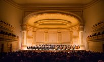 Visual Artists Find Surprising Mix in Shen Yun Symphony Orchestra