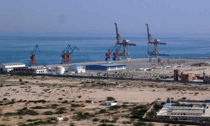 BOATS AT THE GWADAR PORT IN PAKISTAN ON THE ARABIAN SEA. China Overseas Ports Holding Company is leasing the port until 2059 and has already started expanding it. China has been looking to secure sea trading lanes along the so-called Maritime Silk Road, and the Pakistani port is an important piece in the puzzle. (J. PATRICK FISCHER/CC BY-SA)