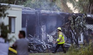 2 Killed When Small Plane Crashes Into Mobile Homes