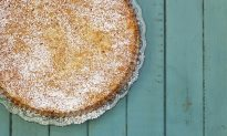 Heavenly Almond Cake Recipe
