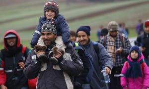 Thousands of Migrants Surge Into Slovenia in New Route