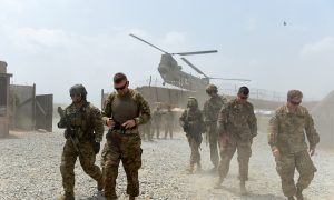 Obama to Keep Troops in Afghanistan Beyond 2016