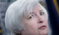 No Fed Rate Hike Likely yet as It Monitors Global Pressures