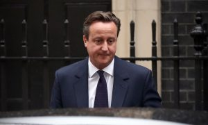 UK's House of Lords Hands Cameron Defeat on Tax Credit Cuts