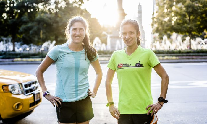 Cait Williamson (L) and Francesca DeLucia at Columbus Circle in New York City on Oct. 26, 2015. They will both run the New York City Marathon on Nov. 1. (Samira Bouaou/Epoch Times)