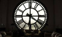 Author Calls Daylight Saving 'a Cynical Substitute for Real Energy Policy'