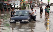 Floods Paralyze Iraqi Capital as Heavy Rain Continues