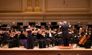 Mom Treats Her Young Budding Musician to Shen Yun Symphony Orchestra