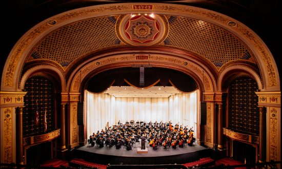 Shen Yun Symphony Orchestra Leaves Providence in Awe