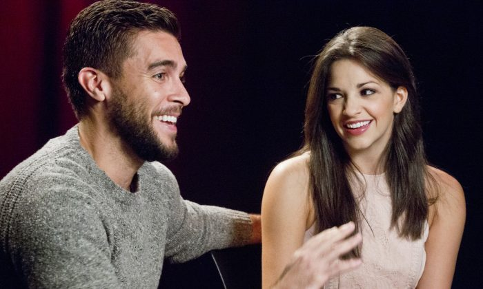 "In this Oct. 15, 2015 photo, actors Josh Segarra (L) and Ana Villafane, of the Broadway bio-musical ""On Your Feet!,"" appear during an interview in New York.  (AP Photo/Bebeto Matthews)"