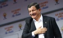 Big Win by Turkey's AKP Signals Vote for Stability