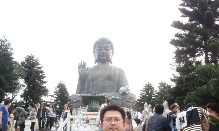 Yu Erwin Xiao and his mother, Yu Yeyi, on a trip to Hong Kong. (Courtesy of Yu Erwin Xiao)