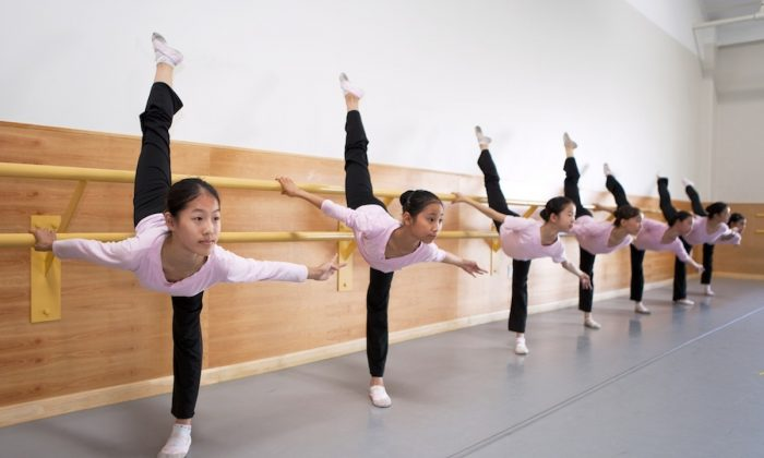 Students train at the Fei Tian Academy of the Arts. (Courtesy of Fei Tian Academy)