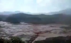 Terrifying Video Shows Dam Break in Mariana, Brazil