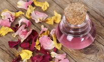 Simple DIY Rose Water