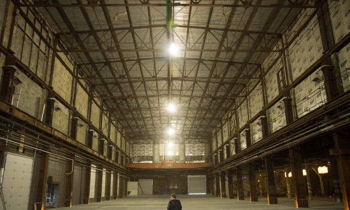 One of the rooms with 60-foot ceilings in Michelson Studio II on Midland Ave Extension in Middletown on Nov. 13, 2015. (Holly Kellum/Epoch)