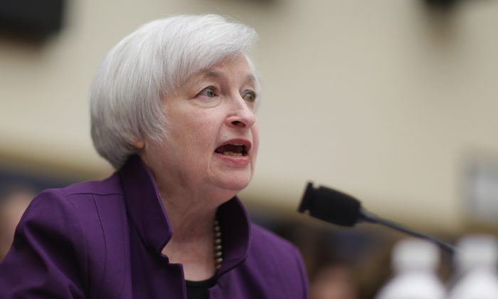 Federal Reserve Chair Janet Yellen testifies before the House Finance Committee in the Rayburn House Office Building in Washington, D.C., on Nov. 4, 2015. (Chip Somodevilla/Getty Images)