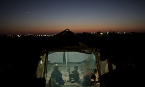 Experts Say States Lack Legal Authority to Block Refugees