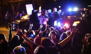 Minneapolis Mayor Seeks Federal Investigation Into Shooting